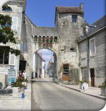 Conditions de circulation dans la cité médiévale le 1er mai 2015